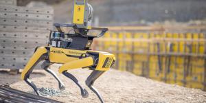 Spot-robottikoira ja Trimble X7-laserkeilain